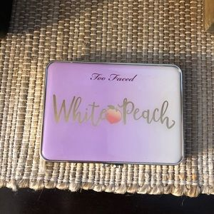 Like New Too Faced White Peach Palette